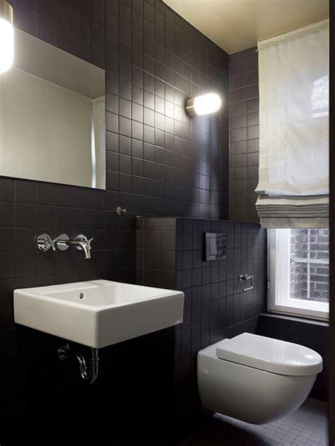 schwarze fliesen badezimmer
