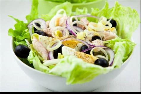 aide en cuisine recette de salade niçoise traditionnelle facile et rapide