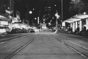 Melbourne in Black and White by PRAMUDIYA