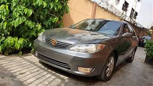 2006 Toyota Camry Xle V6 Leather Avaialable  1 850 Asking