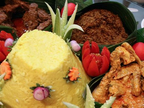 cuisine indonesienne indonésie yacht charter sunreef charter