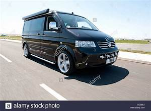 Van Volkswagen California : volkswagen vw t5 california camper van driving stock photo royalty free image 41849546 alamy ~ Gottalentnigeria.com Avis de Voitures