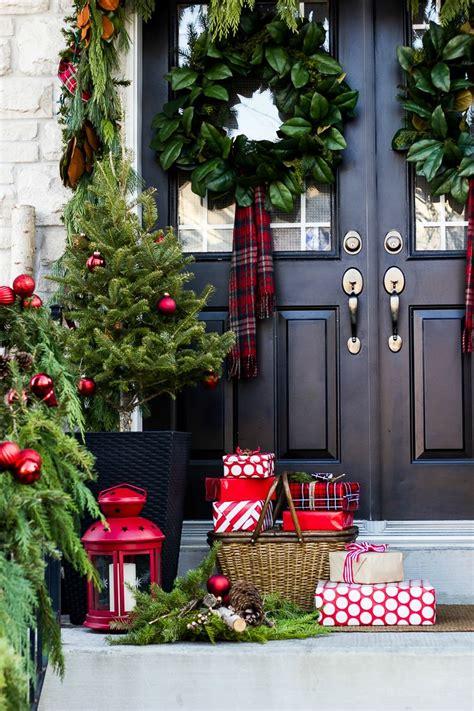 creative front porch christmas decor  garden glove