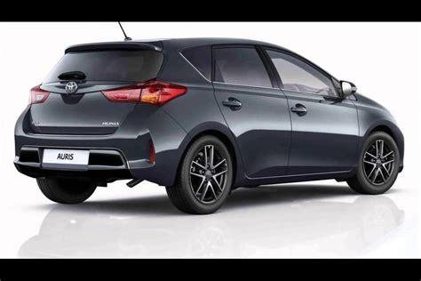 Toyota Auris 2015 Model