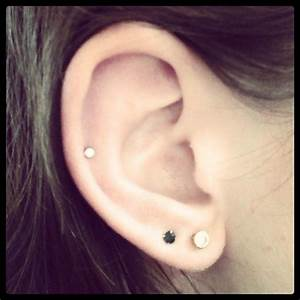 Auricle Piercing Photo By Xohb96