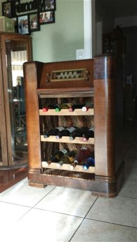 vintage wine cabinet 1000 images about the pickin pile on radios 3268