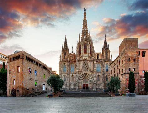 Serwis fcbarca.com to codziennie aktualizowane centrum kibica barcelony. Top 10 tourist attractions in Barcelona with photos and ...