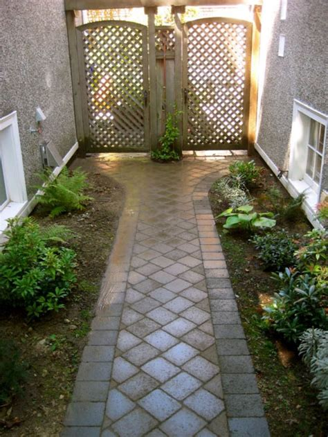 front sidewalk ideas the 25 best front yard walkway ideas on pinterest front sidewalk ideas yard landscaping and
