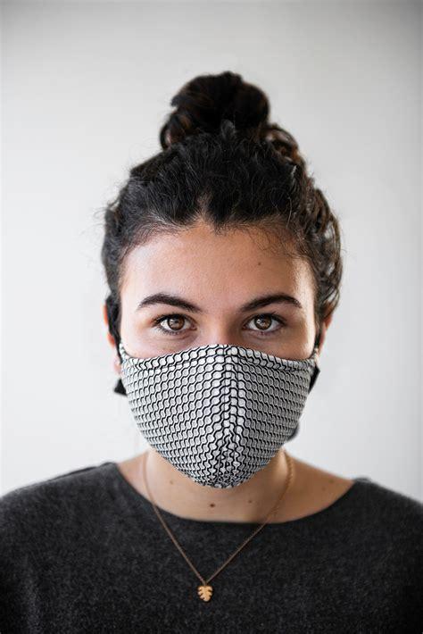 Mund-Nasen-Masken: Maskenpflicht mobilisiert Designer und ...
