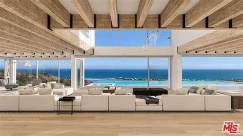 New Malibu Castle Rises From The Ashes As A Phenomenal Phoenix