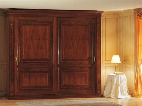 camera da letto  francese armadio due ante  intarsi