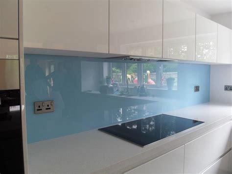 crédences de cuisine en verre laqué sur mesures crédence en verre sur mesure moderne cuisine nancy