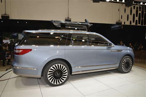 Lincoln Navigator Concept Brings Future Bling To Ny