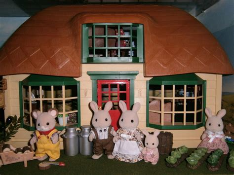 sylvanian families cottage meadow thatched cottage sylvanian families
