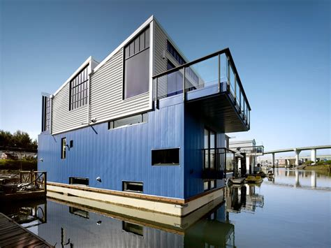 Boat Architecture Definition by The Houseboat Of Their Dreams The New York Times