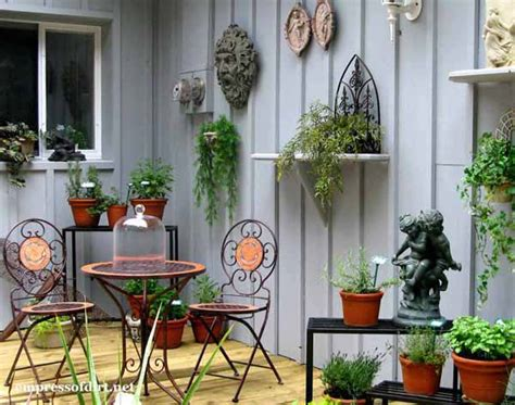 backyard fence decor 25 creative ideas for garden fences empress of dirt