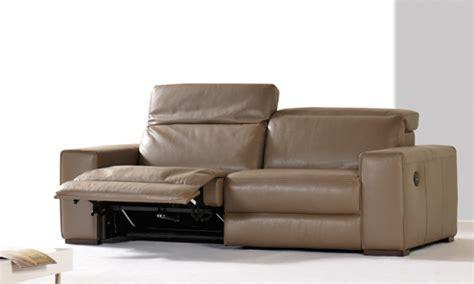 recouvrir un canapé en cuir recouvrir un canape cuir maison design wiblia com