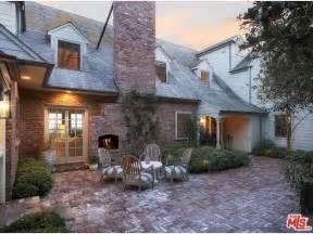 Inside Miranda Kerr and Snapchat CEO Evan Spiegel's Brentwood Mansion   MyDomaine AU
