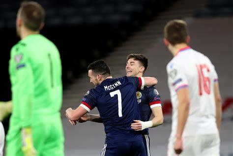 bintang arsenal kieran tierney  top skotlandia  tiga posisi  semuanya  satu malam