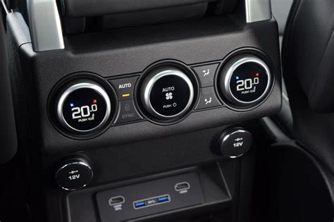 what is climate air conditioning auto express