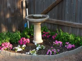 Small Flower Bed Design Ideas