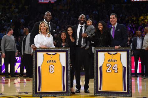 lakers honor kobe bryant   time  jersey