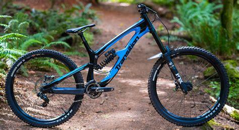 Transition TR11: Downhill- & Park-Bike mit Giddy Up Hinterbau