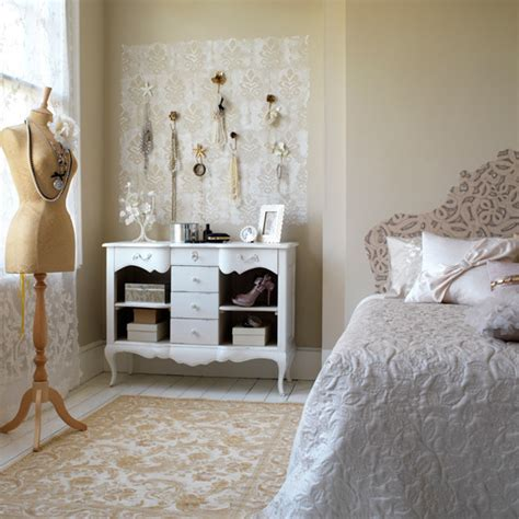 Decorating Ideas For Antique Bedroom by 20 Vintage Bedrooms Inspiring Ideas Decoholic