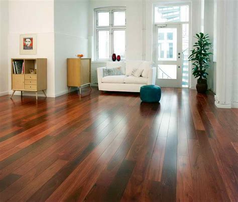 choosing right laminate flooring colors is a key to the