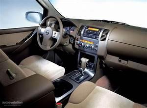 Nissan Pathfinder Specs  U0026 Photos