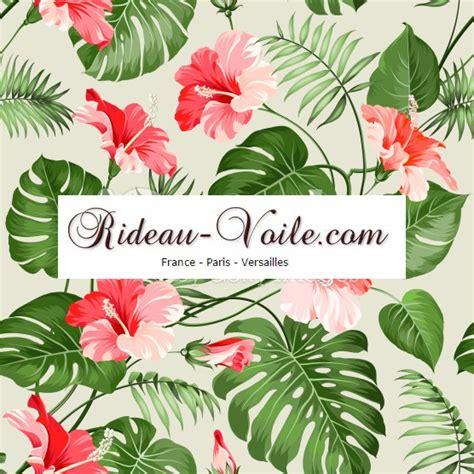 canapé nubuck tissus rideaux imprimés floraux fleurs fleuris