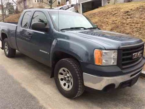 how can i learn about cars 2009 gmc sierra 1500 navigation system gmc sierra 1500 2009 selling my gmc sierra 4x4 at no one owner cars for sale