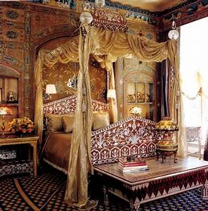 Ann Getty's Turkish Bedroom - Interiors By Color