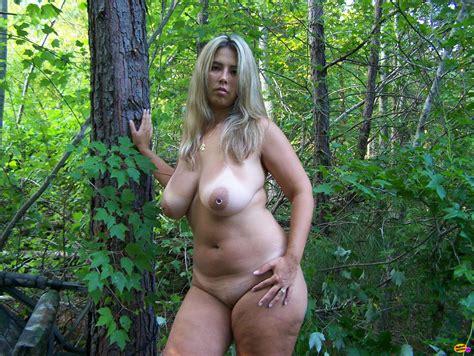 outdoor milf pics tubezzz porn photos