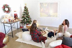 Make Your Invitations Now Playing Holiday Sleepover Movie Night Party Guide Evite