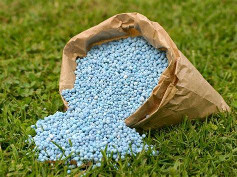 tips memilih menggunakan pupuk tanaman tips petani