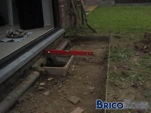 Faire Une Chape Exterieur : faire une dalle beton au tour d une chambre de visite deja ~ Premium-room.com Idées de Décoration