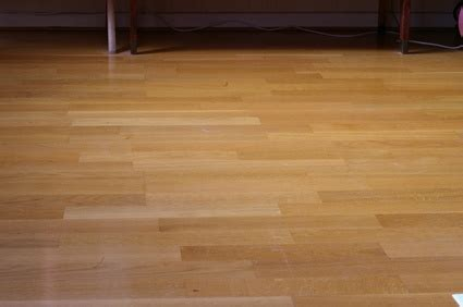 which way to lay laminate how to lay new laminated floor over vinyl ehow