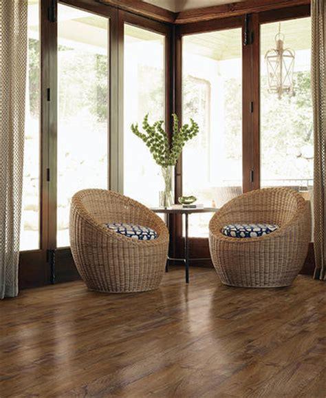 vinyl flooring quarter shaw vinyl flooring quarter round 94 quot at menards 174