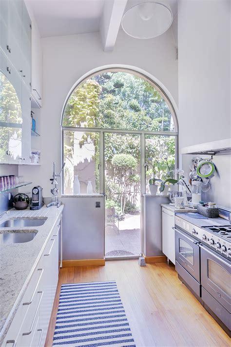 aix en provence maison art deco avec jardin  langlaise