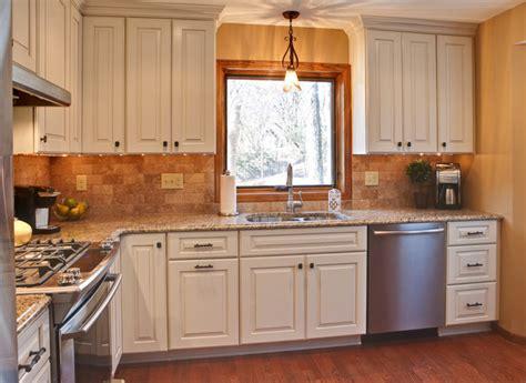 maximizing  small kitchen space traditional kitchen