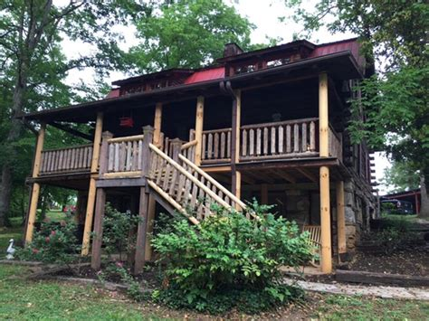cabins in knoxville tn big ponderosa cabin knoxville rentalhomes