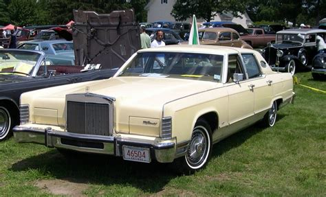 1991 LINCOLN CONTINENTAL - Image #1