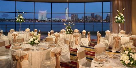 wedding center detroit marriott at the renaissance center weddings