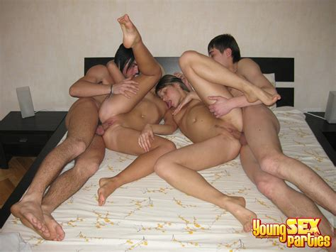 Nasty Couples In Young Sex Party