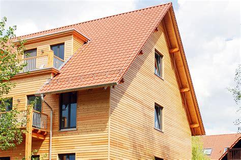 Fassade Streichen Wie Oft by Holzfassade Streichen Wie Oft Wie Streicht Eine