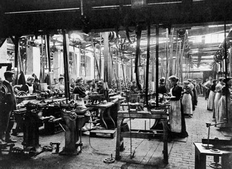 women workers   bicycle factory  conventry uk