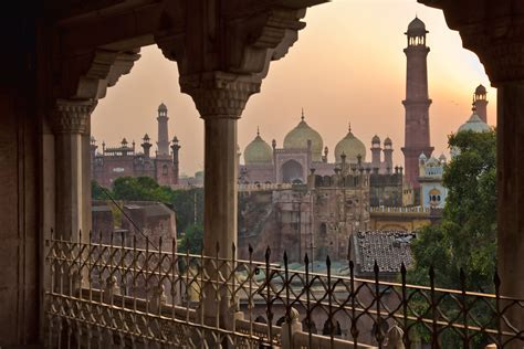 Bedroom Wallpaper Lahore by City Lahore A View Of Some Of The Tell Tale Moghul