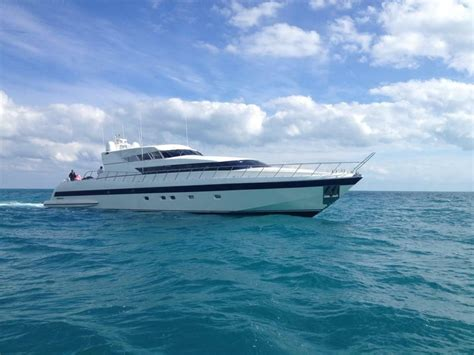 Boat Dealers Ta Fl by 2001 Mangusta 105 Power New And Used Boats For Sale Www
