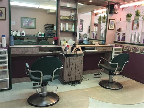 hair salon for sale lease or chair rental outside comox